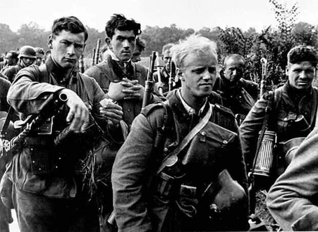 В чём вермахт проигрывал Красной Армии в самом начале войны
