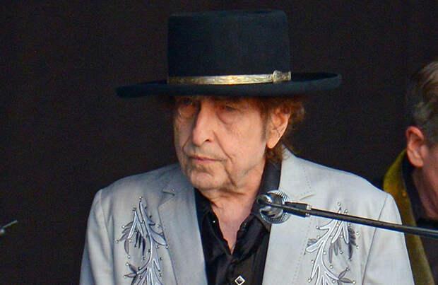 К Бобу Дилану подан иск о сексуальном насилии, которое могло произойти в 1965 году
