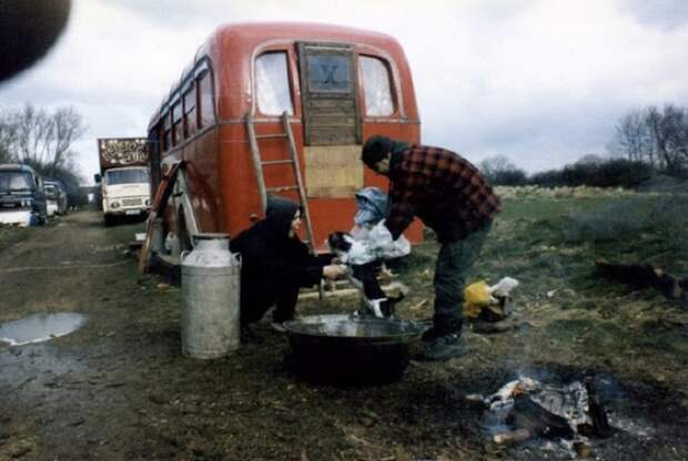 15 колоритных фотографий о реальной жизни цыган в 1960-х годах