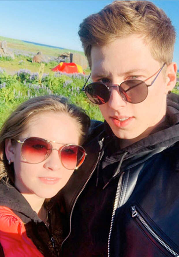 Юлия Липницкая поделилась серией фотографий дочери по случаю особенной даты