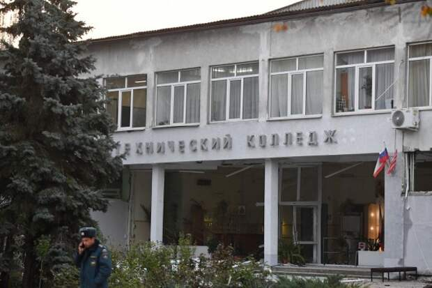 МЧС: в Керчи здание политехнического колледжа не обрушится