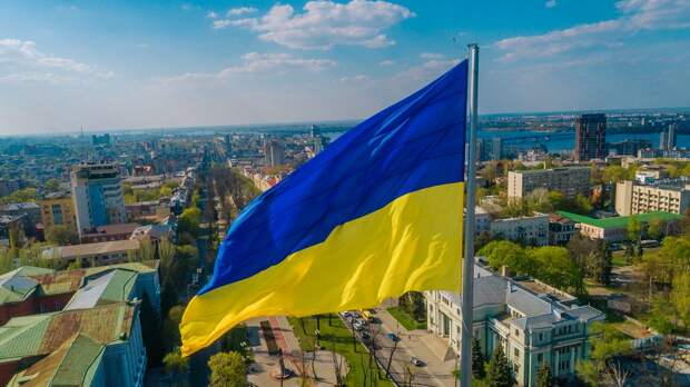 На Украине сообщили, что экономика страны входит в пике
