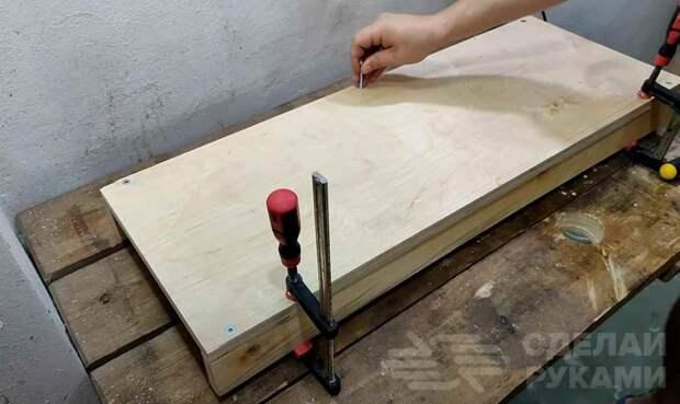 Сверлильный станок из фанеры и дрели (с тросиковым приводом)