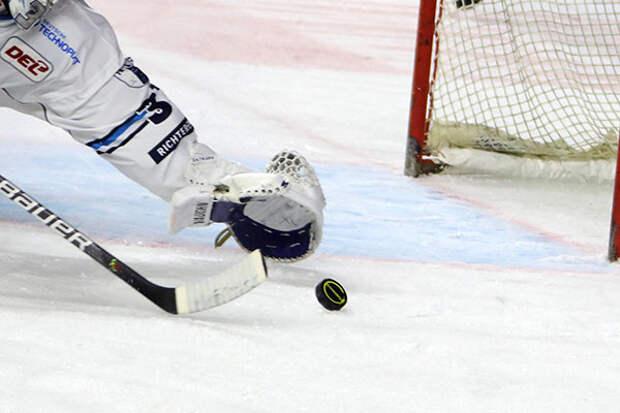 Российский вратарь Сорокин будет играть в НХЛ