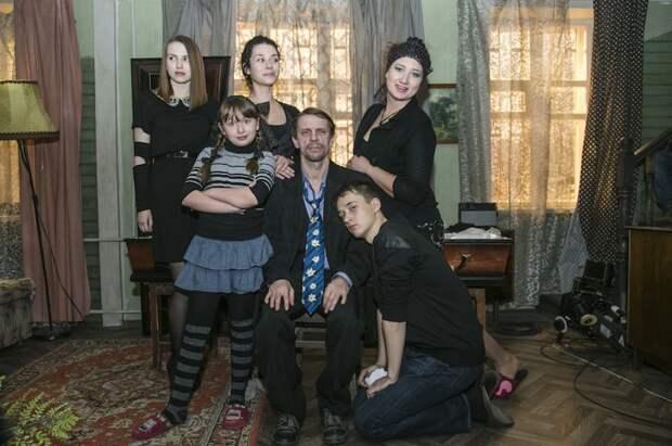 Кровные родственники: 5 российских фильмов и сериалов о необычных семьях
