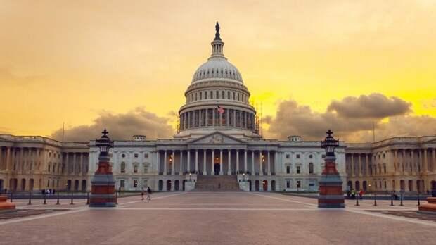 Чрезвычайное положение в Вашингтоне и другие события - сводка новостей по США на 12 января 2021