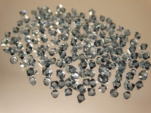 Сотрудницу якутской «Алросы» задержали за кражу алмазов на 22 млн рублей