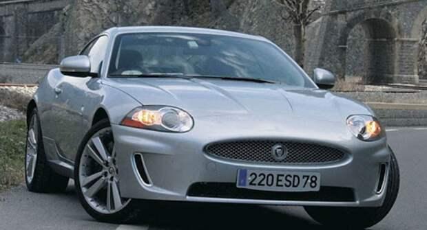 У водителя «Ягуара» забрали машину за 400 тысяч рублей штрафов