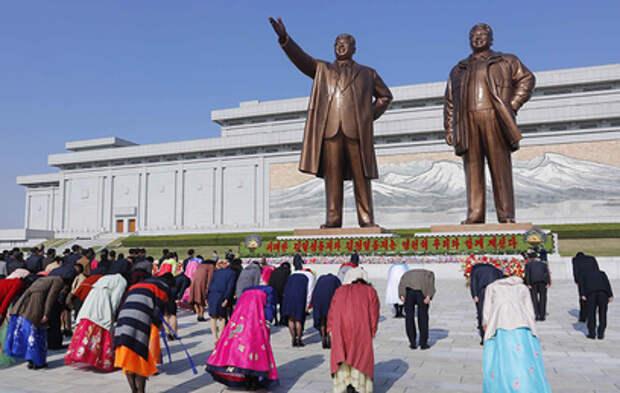 В Северной Корее с размахом отмечают 109-летие со дня рождения Ким Ир Сена