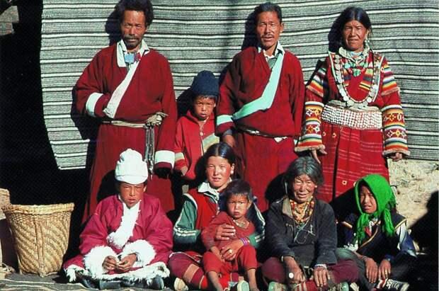 Полиандрия - практика многомужества в Китае.