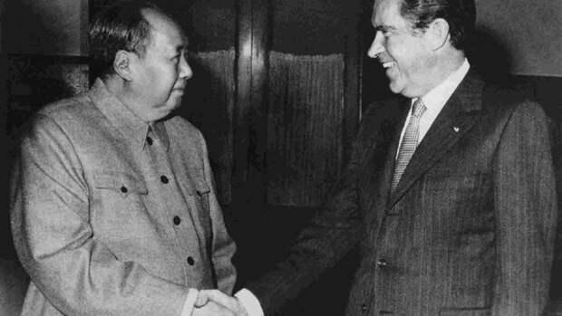Историческая встреча Мао Цзэдуна и Ричарда Никсона в феврале 1972 года