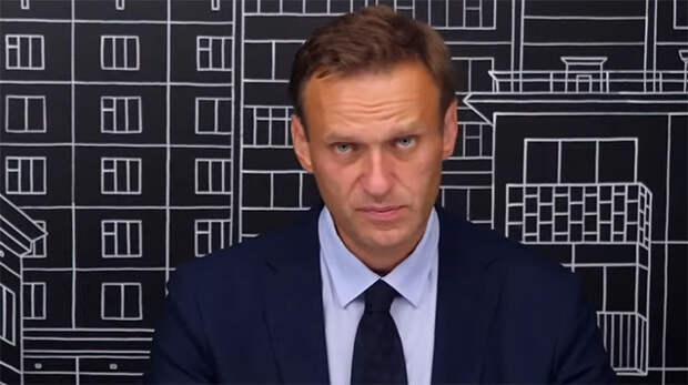 Еще немного про тупых шведов. У них страна в ж*пе, а они за Навального топят...