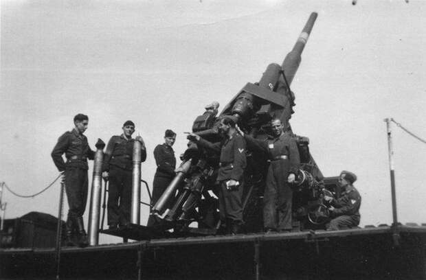 Использование трофейных немецких 105 и 128-мм зенитных орудий