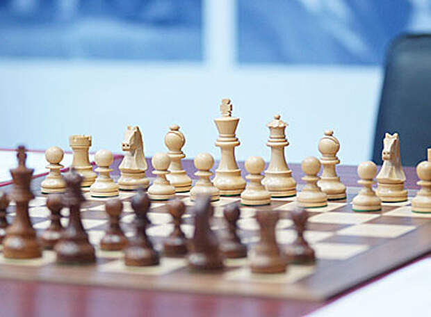 Виват, король Ян! Виват, королева Александра! Шахматы. Чемпионат России. Суперфинал