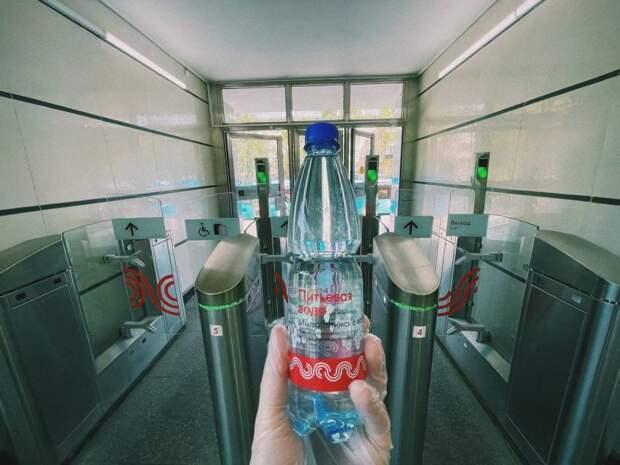 На станции МЦК «Лихоборы» из-за жары началась раздача питьевой воды