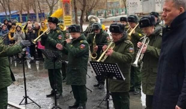 В Оренбурге со столетним юбилеем поздравили ветерана Великой Отечественной войны