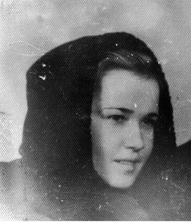 Убитая бандеровцами Клава Груздо