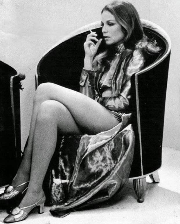 Винтажные фото чувственной актрисы Александры Стюарт