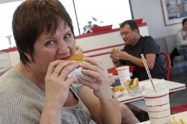 «Если толстого человека спросить, что он сегодня ел, он не вспомнит»