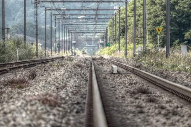Трое погибли при сходе пассажирского поезда с рельсов в США