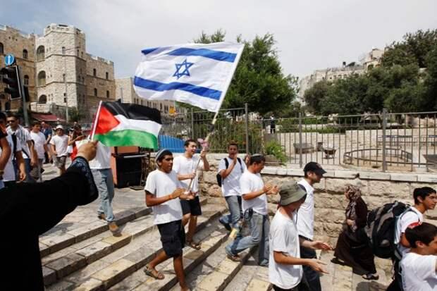 «Сделка века» Трампа терпит поражение: Израилю и Палестине будет помогать Россия?