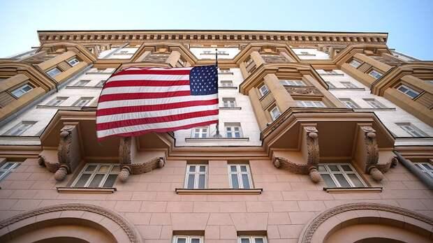 """Лавров взорвал """"бомбу"""": теперь жёны американских дипломатов станут уборщицами"""