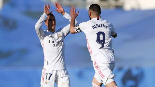 «Реал» на последних минутах вырвал победу у «Эльче» и поднялся на 2-е место в Ла Лиге, Бензема оформил дубль