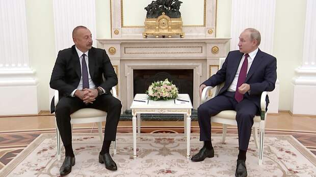 Президент Азербайджана поздравил Путина с успешным проведением парламентских выборов