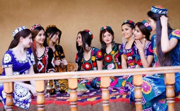 Картинки по запросу таджикские девушки