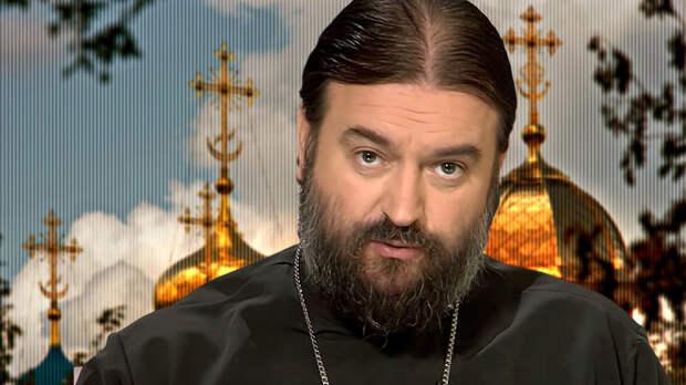 «Чтоб вы так ржали над этими бесовскими гадостями всю жизнь!» Протоиерей РПЦ пришел на проповедь в респираторе — так он решил высмеять панику вокруг коронавируса