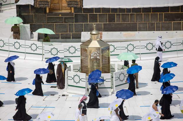 6 атмосферных фото хаджа в Саудовской Аравии во время пандемии