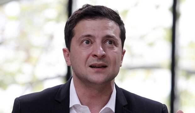 Зеленского обвинили в превышении полномочий: грозит ли ему импичмент