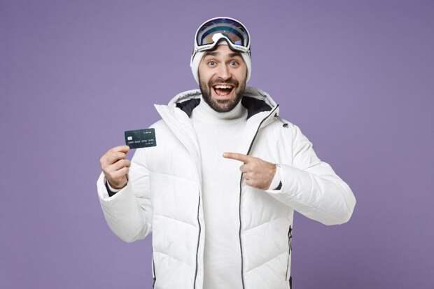 Как понять, что дебетовая карта сэкономит вам деньги: 3 простых признака