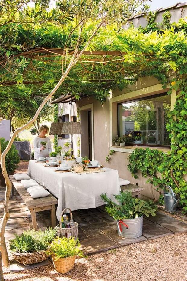 Дом мечты утопающий в зелени в Испании | Пуфик - блог о дизайне интерьера