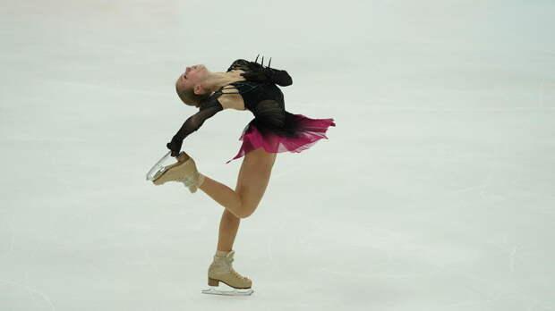 Трусова снялась с произвольной программы на этапе Кубка России