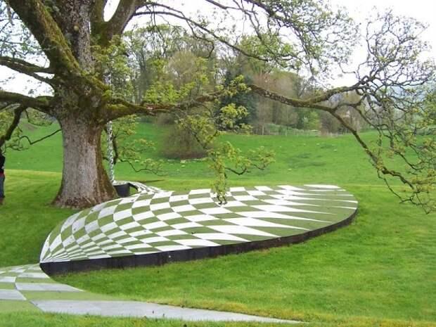 Уникальная ландшафтная архитектура Чарльза Дженкса
