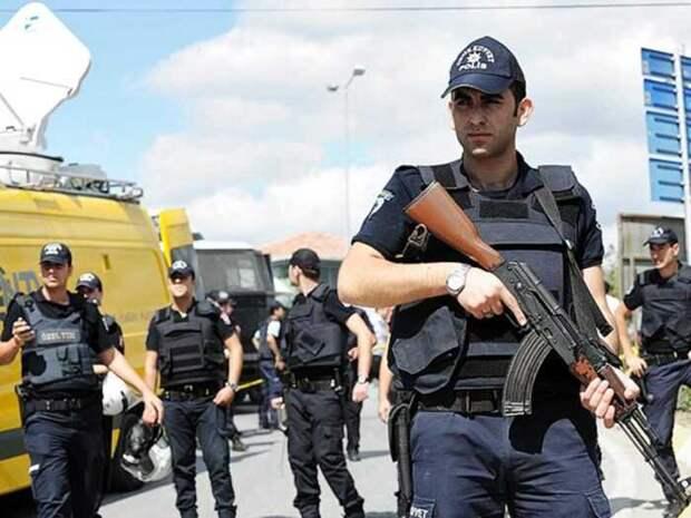 В ходе боестолкновений на востоке Турции погиб один турецкий жандарм