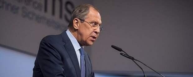 Лавров: Москва проигрывает Пекину в состязании по вмешательству в выборы США