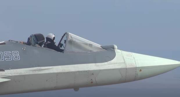 Полет на истребителе Су-57 без купола кабины поразил западного эксперта