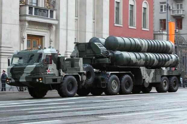 Российские С-400 продолжают злить американцев: Индия закупает ЗРК, США беспомощно ворчит