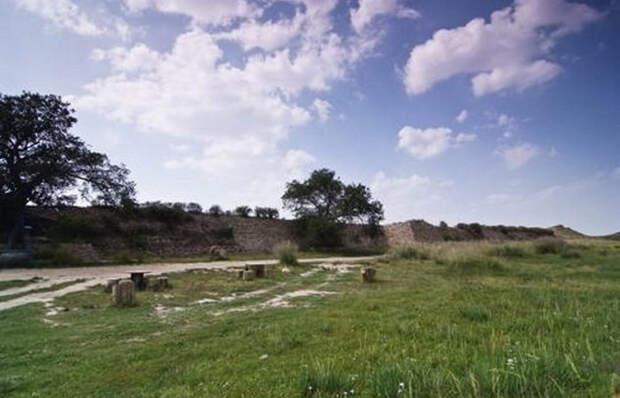 Следы мифических городов: археологи нашли и раскопали поселения, считавшиеся выдуманными