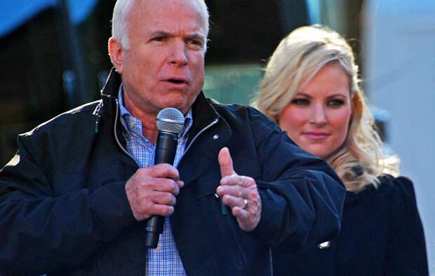 Гроб сенатора Маккейна понесёт российский оппозиционер