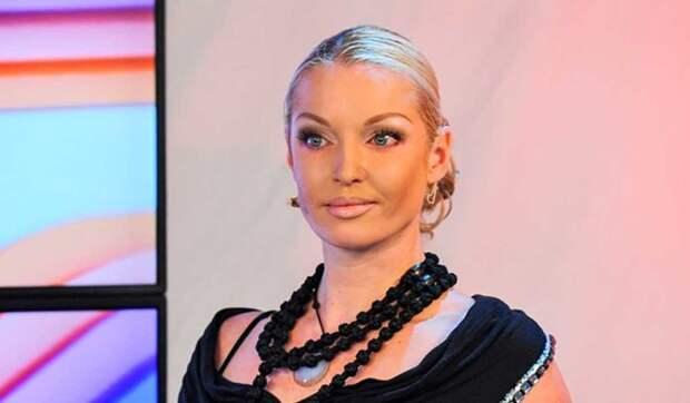 Известная ведущая рассказала о свадьбе с бывшим мужем Волочковой