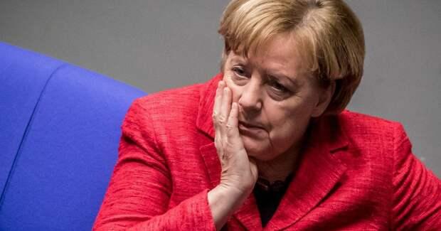 Борьба за «Северный поток — 2»: Bloomberg предрекает Меркель неприятный разговор с Байденом