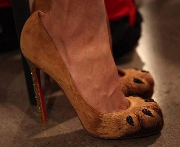 Топ-7 пар самой необычной обуви знаменитостей фото №3