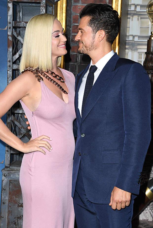 """Кэти Перри рассказала про отношения с Орландо Блумом: """"Мы прошли через ад"""""""