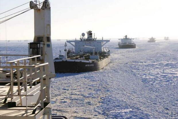 Россия всерьез взялась за собственный перспективный маршрут в обход Суэца
