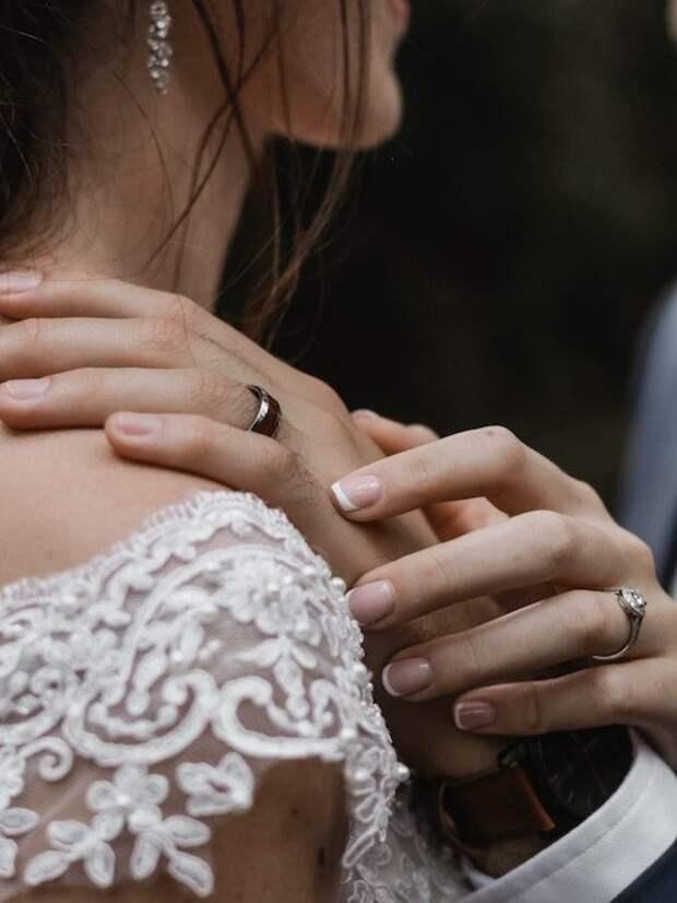 Модный свадебный маникюр 2019 года