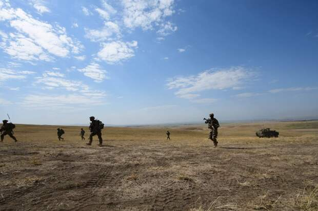 О нарастании военной угрозы на западных границах