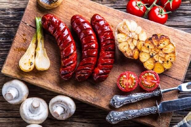 5 необычных блюд с сосисками, которые станут отличной альтернативой хот-догу